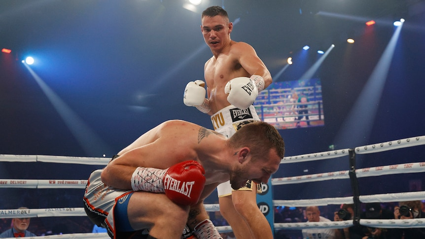 Tim Tszyu beats Steve Spark with brutal body assault in Newcastle, as it  happened - ABC News