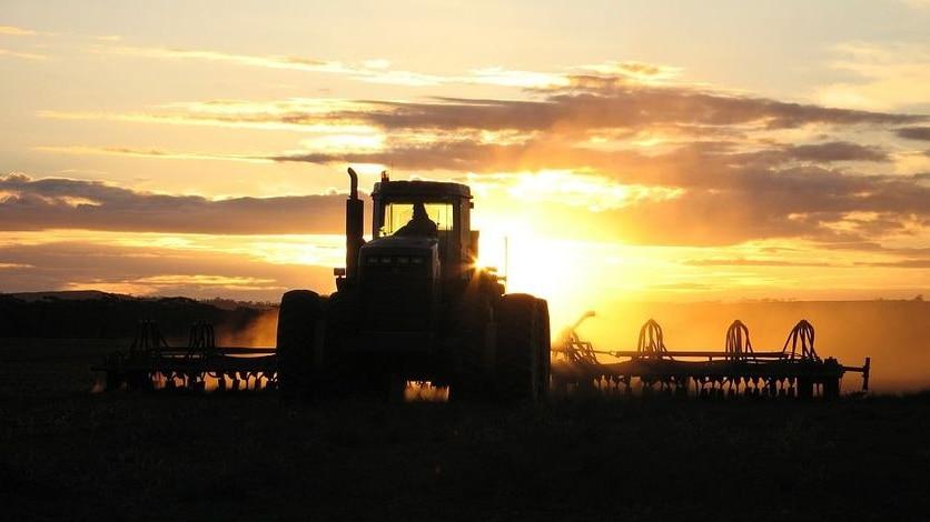Farm jobs go begging