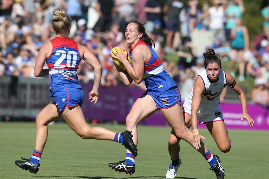 Western Bulldogs' Isabel Huntington in action against Fremantle in AFLW Round 1 on February 4, 2018.