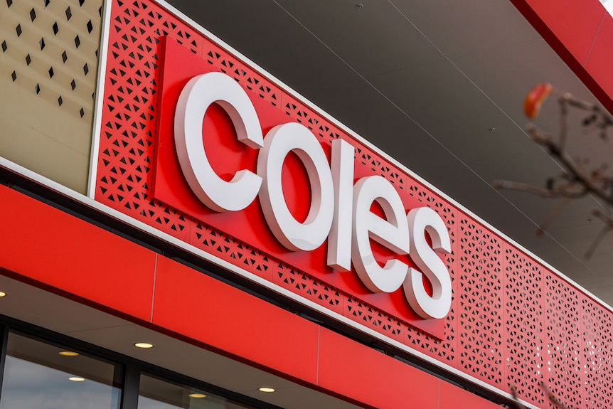 A few Coles supermarkets in Queensland's south-east corner have been listed as COVID-19 exposure sites