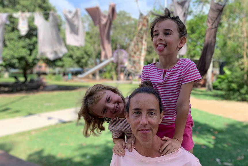 Kelly Reiffer with her two young daughters