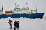 Flyover of Akademik Shokalskiy by Chinese helicopter from Snow Dragon