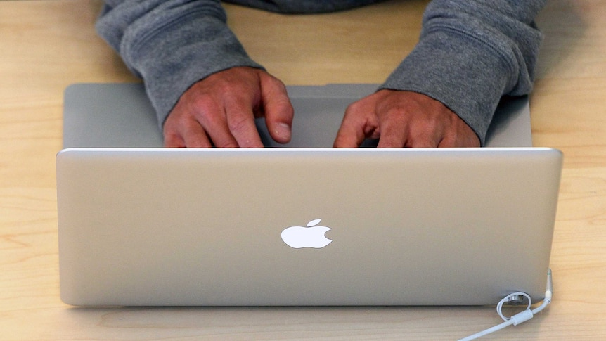 Apple under fire from investigation into tax arrangements