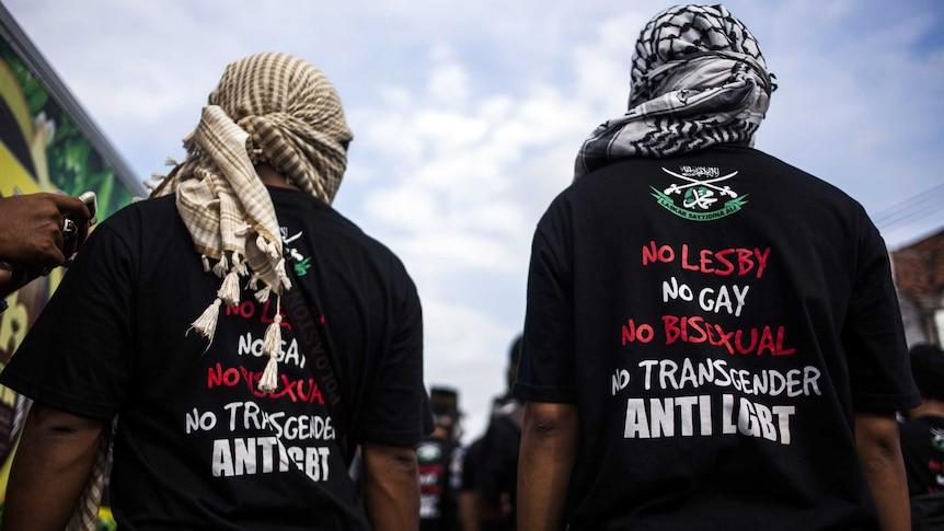 Anti-LGBT Muslim group marching to blockade pro-LGBT protesters in Yogyakarta, in Java island.