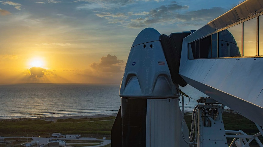 SpaceX Dragon capsule on Falcon 9 rocket