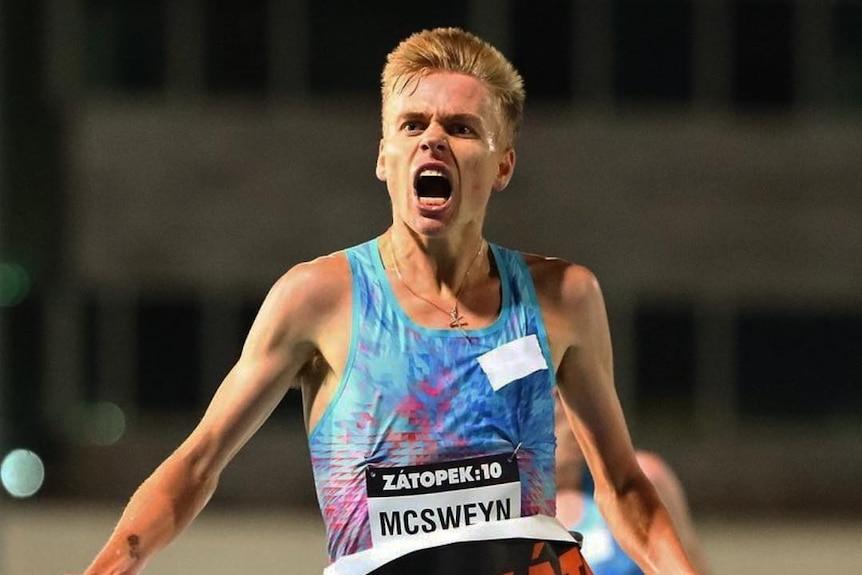 Stewart McSweyn winning a race
