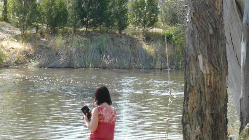 Laura Poole and the Wimmera River.