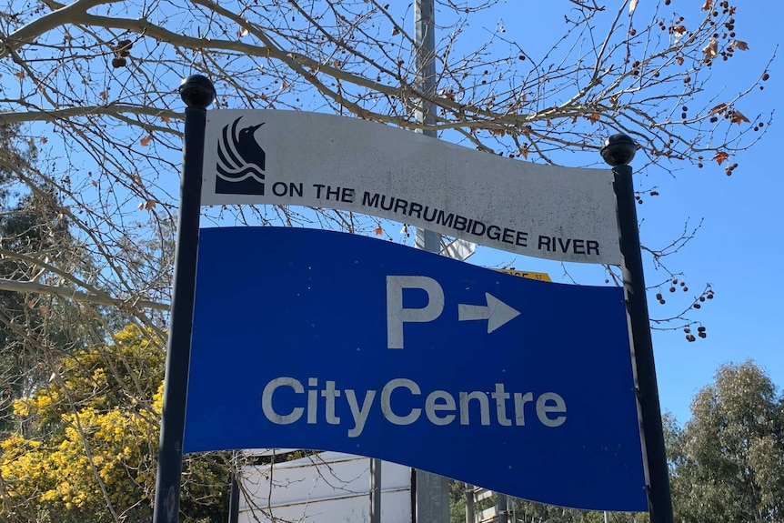 Blue and white council sign