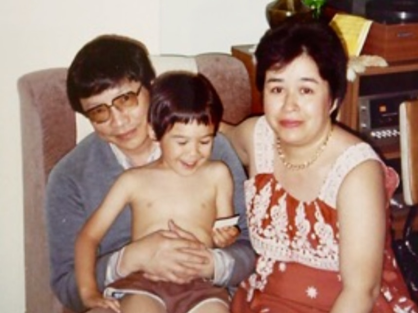 Jason Om with his family in 1980s Melbourne