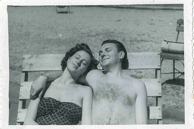 A black-and-white photograph of Olga Horak and her husband John at Nielson Park in 1949.