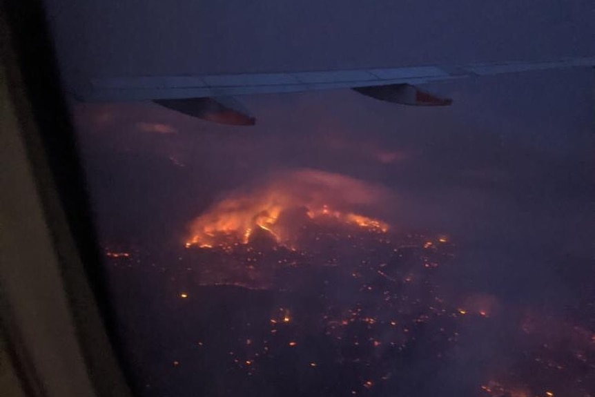 The Cudlee Creek fire in the Adelaide Hills seen from an airliner.