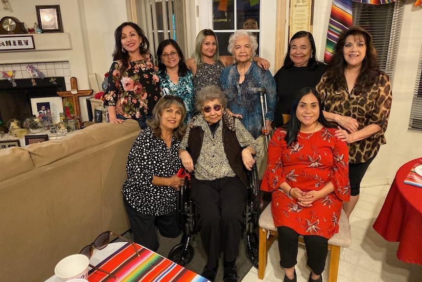 Rasmi D'Cress (bottom right) flew to Phoenix, Arizona to meet her father's family.