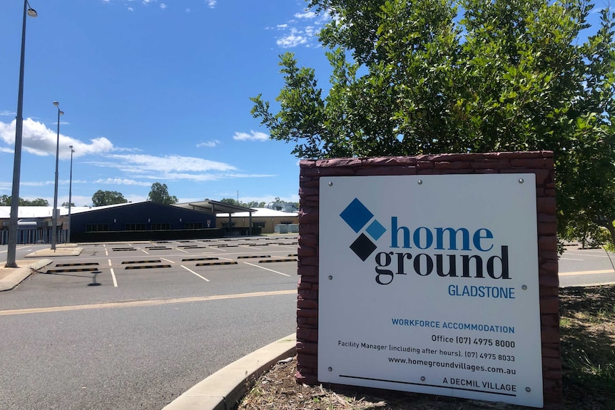 A sign reads 'homeground gladstone'.