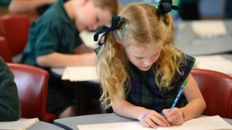 NSW schools return as coronavirus curve flattens