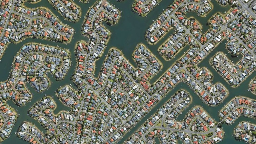 Hundreds of houses on the Gold Coast from above
