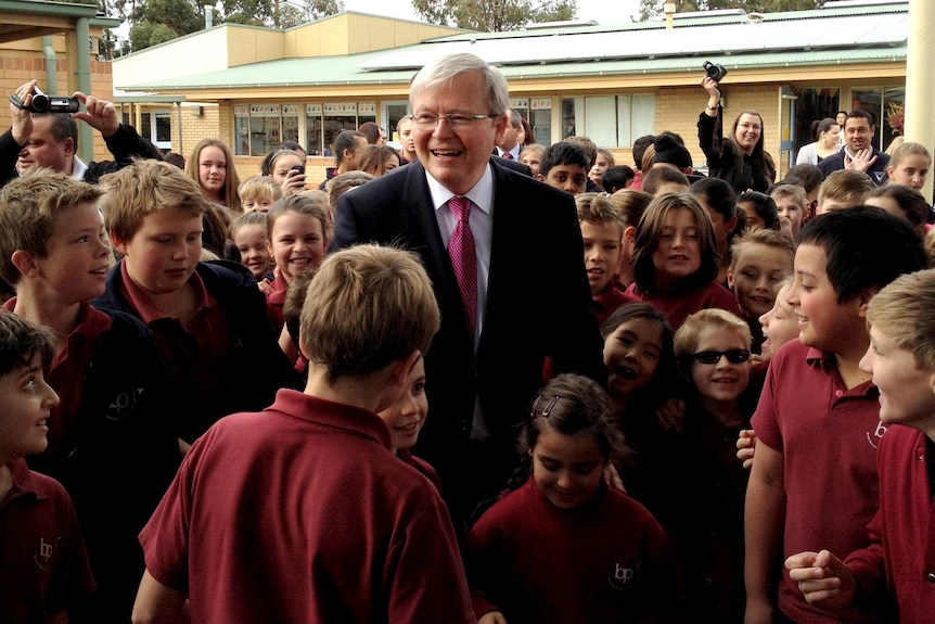 Prime Minister Kevin Rudd visits Brentwood Park Primary School in Berwick.
