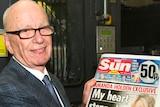 Murdoch shows off The Sun on Sunday