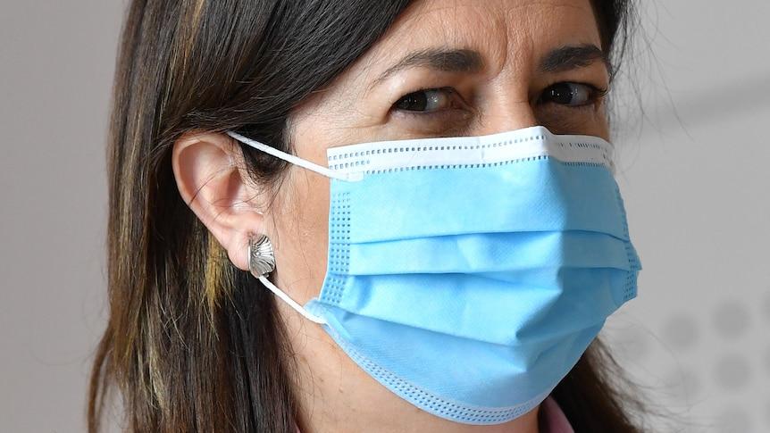 Premier Annastacia Palaszczuk in a face mask