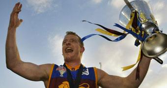 Michael Voss with AFL premiership trophy