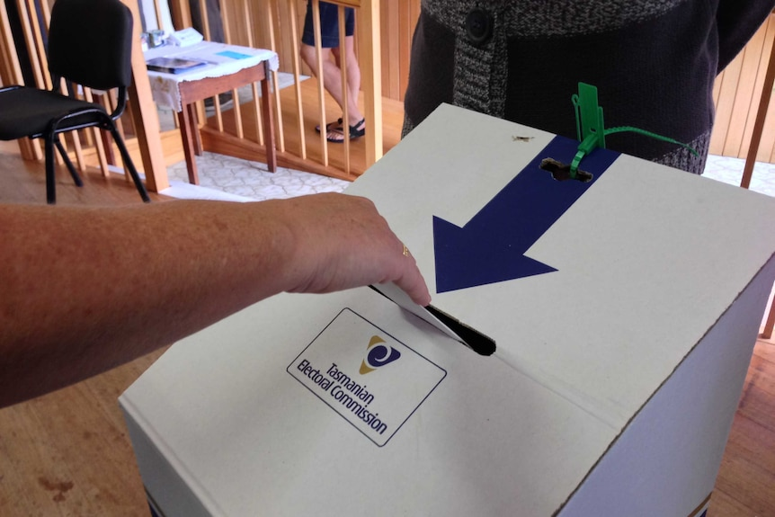 Tasmanians cast their votes in the 2014 state election
