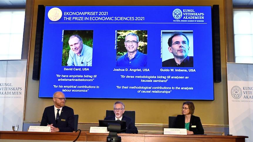研究最低工资和移民影响的经济学家获2021诺贝尔经济学奖
