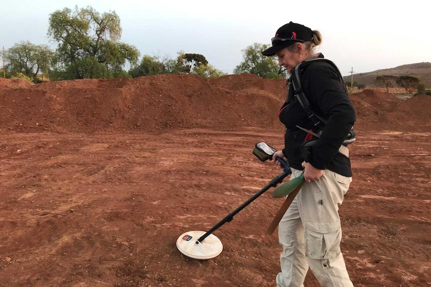 Dale Hanning prospecting