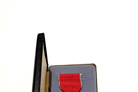 Picture of Order of the British Empire  medal.