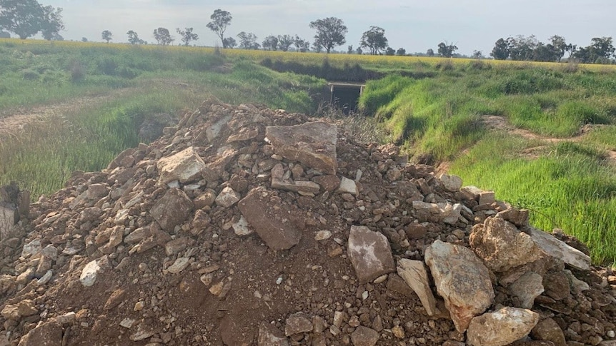 Gravel and dirt dumped illegally to block environmental flows in the Murray Darling