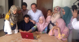 Anwar Ibrahim and his family