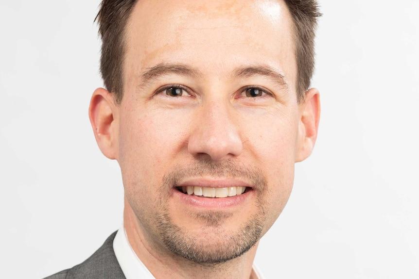 Dr Tom van Laer from the University of Sydney.