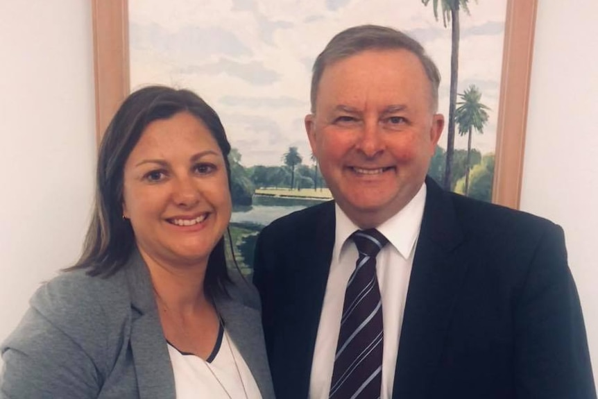 Bega Mayor Kristy McBain and Labor leader Anthony Albanese smile at the camera