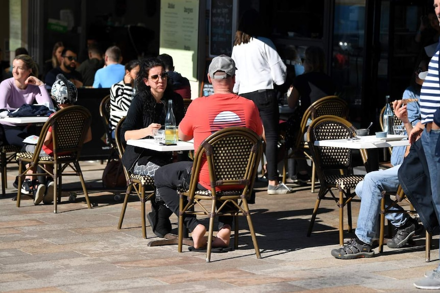 People outside at a cafe