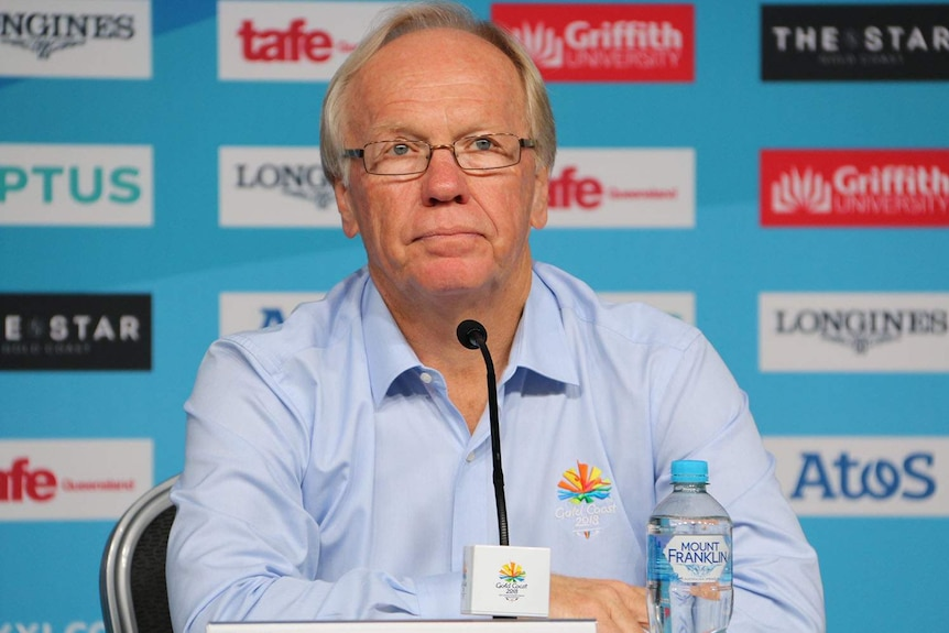 GOLDOC chairman Peter Beattie sits at table at a press conference for the Commonwealth Games on April 8, 2018