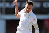South Africa's Dale Steyn celebrates the wicket of Australia's Steve Smith at Port Elizabeth.