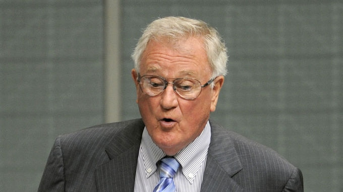 Email ... Wilson Tuckey says there is a message in the polls for Mr Turnbull.
