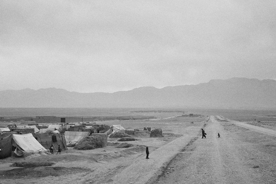The road to the Qaulin Bafan settlement, on the outskirts of Mazar-i-Sharif in Afghanistan's north.