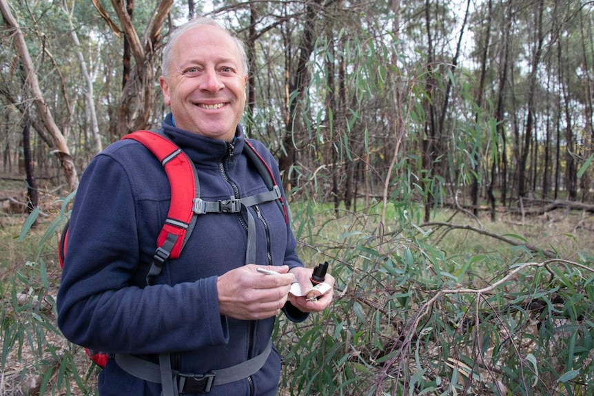 Canberra man out geocaching