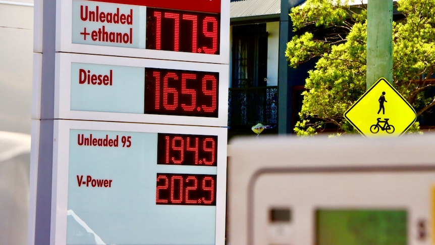 Photo showing petrol price board at service station with e10 at 177.9 cents a litre.
