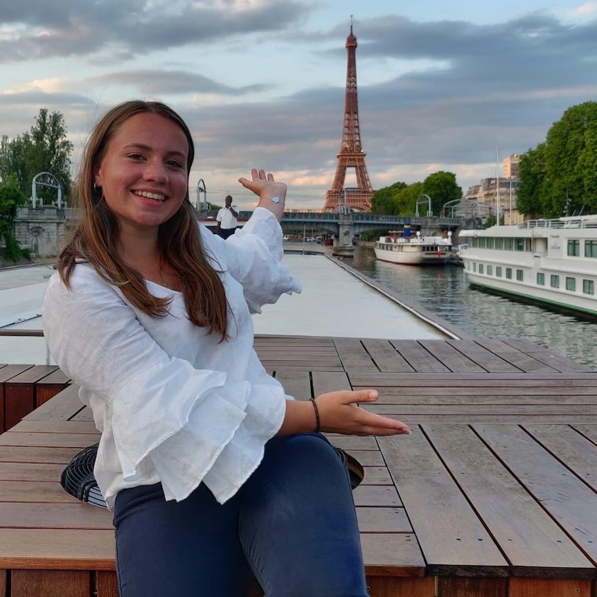 Alice Lowe on student exchange in France