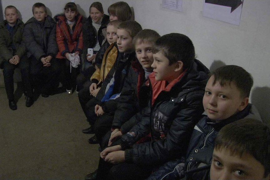 Children in a Mariupol bomb shelter