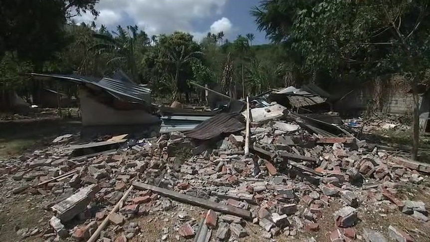 At least 91 dead after Lombok earthquake