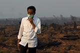 Indonesia's president tours source of Borneo fires