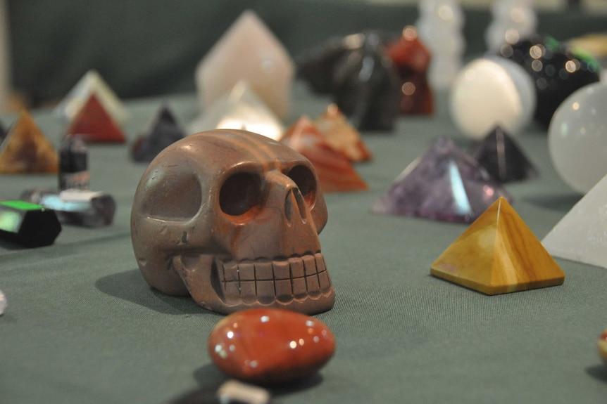 Skulls and pyramids at the expo.