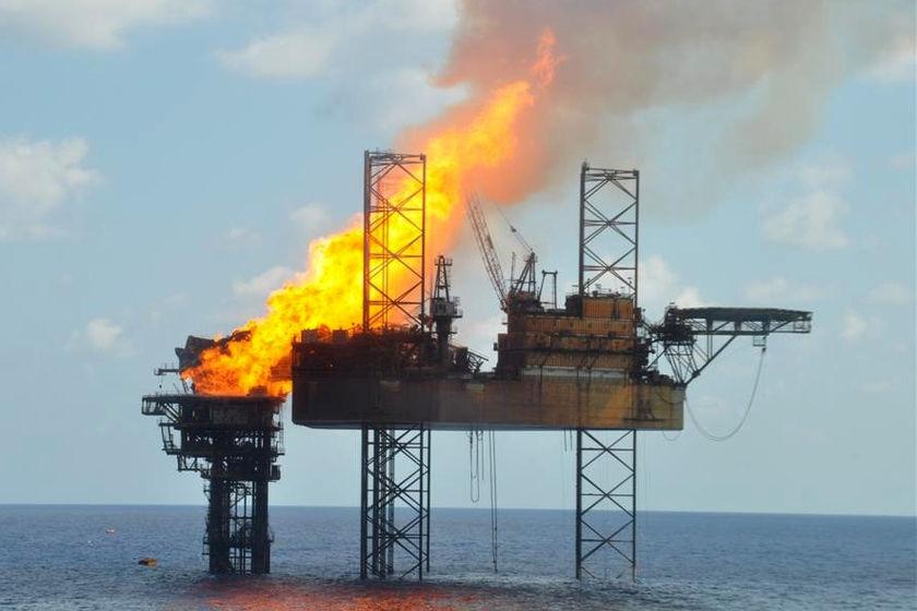 Montara wellhead burning