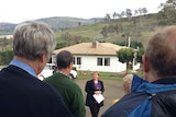 Tasmanian Premier Lara Giddings talks to farmers at Ellendale about extra bushfire funding.