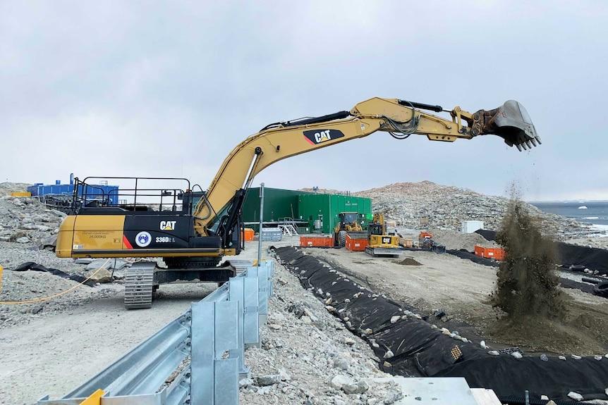 Digger at megapile