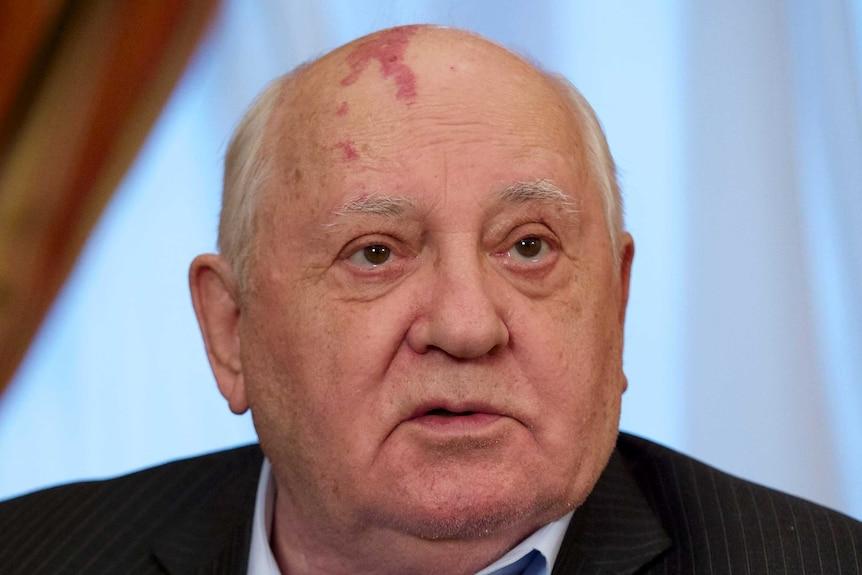 Close up image of Mikhail Gorbachev