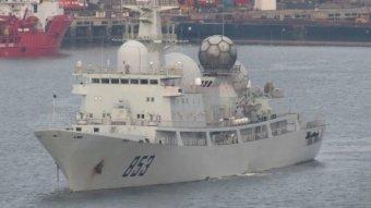 W porcie pływa chiński statek szpiegowski AGI.