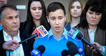 Grieving parents back calls to criminalise uni hazing