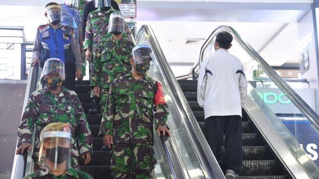 TNI Patroli New Normal